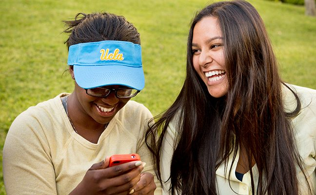 Transfer Pride Week helps transfer students join the UCLA community and campus life.